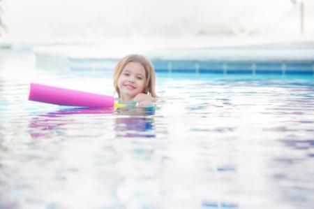 Kleinkindschwimmen (3-4 Jahre) (8 Einheiten) (Mi 16 Uhr)